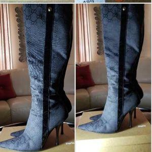 Gucci logo boots